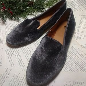 ❤🆕 H&M Gray Velvet Loafers Sz 10